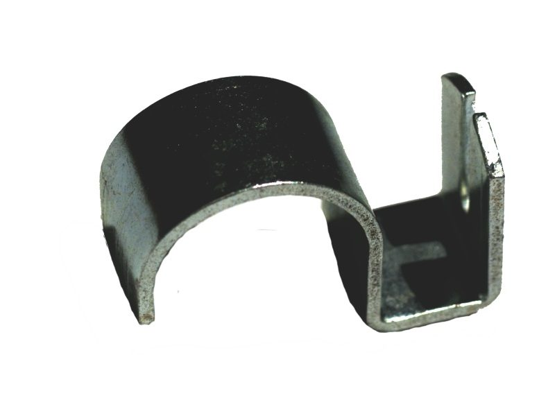 shelf hanger supports another crossbar at rightangle